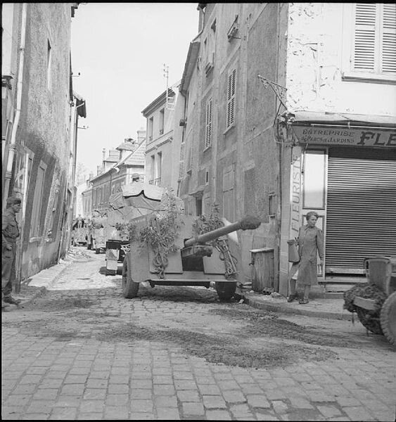 563px-The_British_Army_in_North-west_Europe_1944-45_BU202
