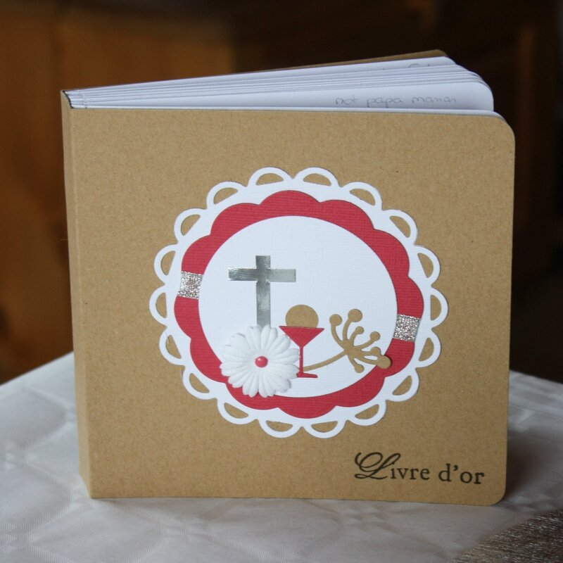 COMMUNION ANAIS LIVRE OR