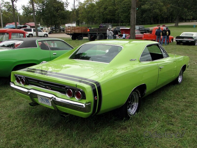 dodge-charger-rt-1968-b