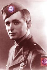 D-Day :Le saut des parachutistes 71734666_p