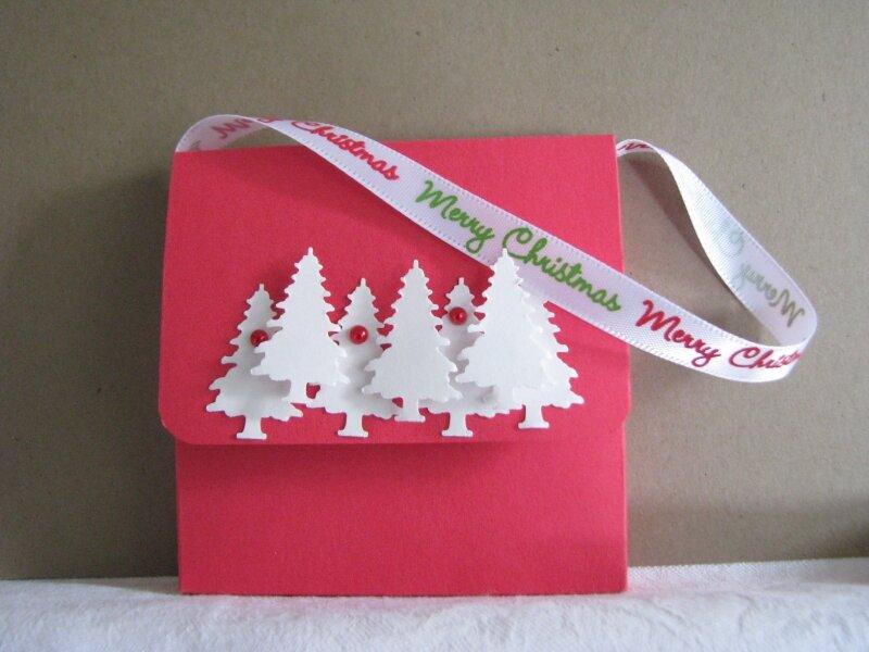 swap Noël 2010 : petite pochette avec bonbons