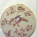 Oiseau brodé toile de Jouy -Marimerveille