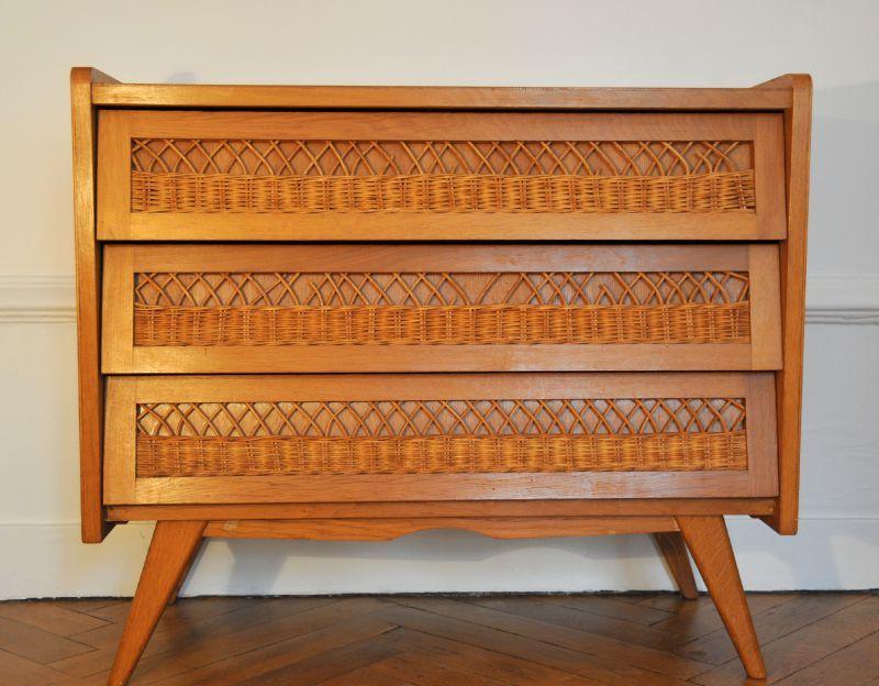 commode osier vintage. Black Bedroom Furniture Sets. Home Design Ideas