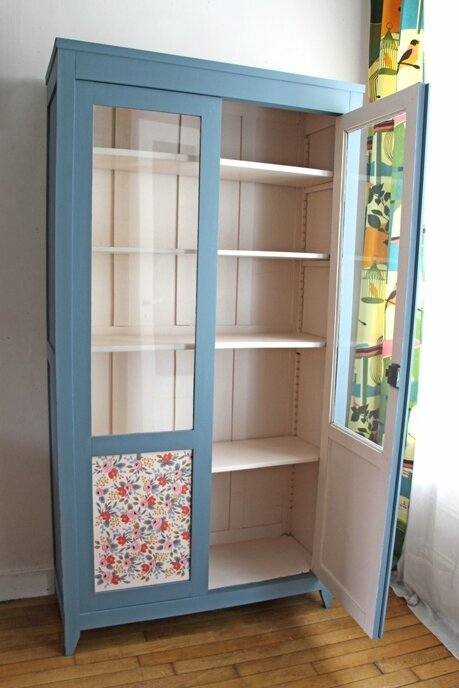 armoire-vitree-fleurs-ouverte