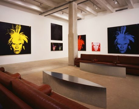 The-Andy-Warhol-Museum-Self-Portrait-Gallery,-photo-by-Paul-Rocheleau---all-art-(c)-AWF