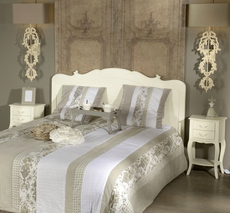lit style romantique maison design. Black Bedroom Furniture Sets. Home Design Ideas