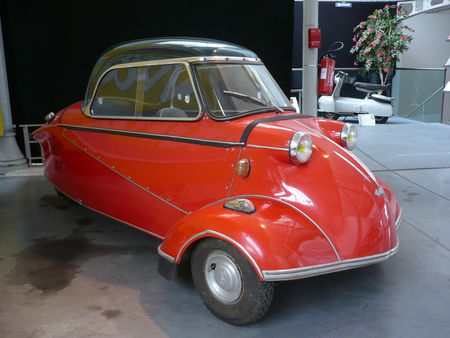 MESSERSCHMITT_KR200_microcar_biplace_1964_Chatellerault__1_