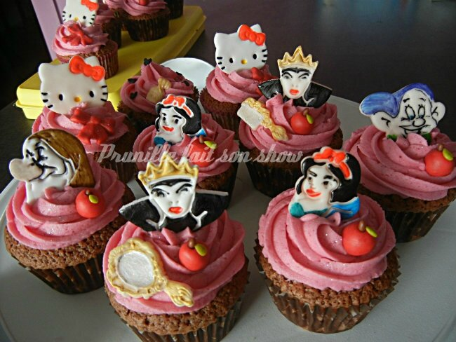 Cupcakes Disney , blanche neige, Minnie, Hello Kitty