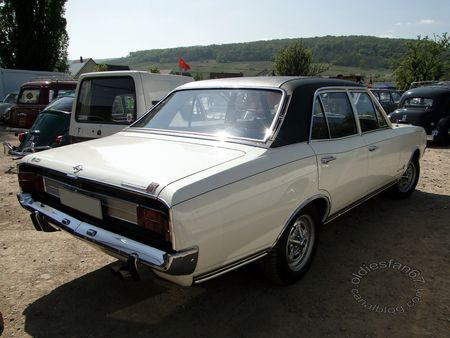 opel commodore gs serie a berline 1967 1971 bourse echanges soultzmatt 2011 2