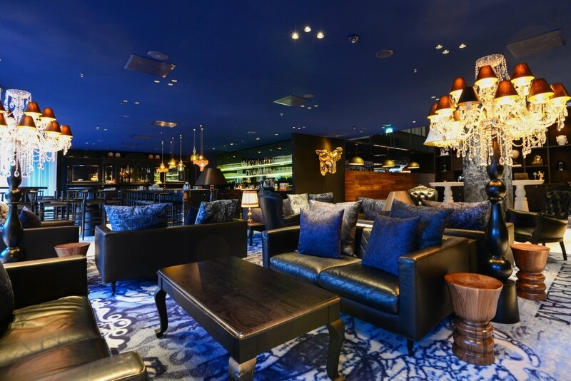 andaz-prinsengracht-review-lounge-3-1800x1201