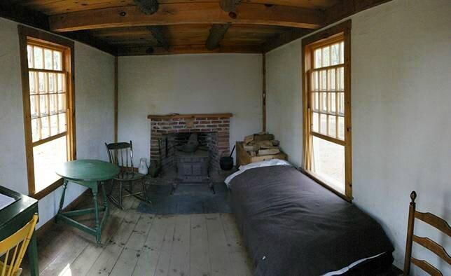 thoreau-cabin-interior