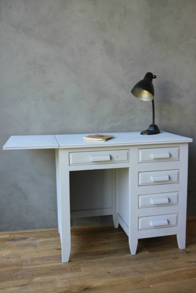 bureau de comptable commode chevet tag re compartiment e lapetitebelette. Black Bedroom Furniture Sets. Home Design Ideas