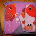 cape de bain poisson violet