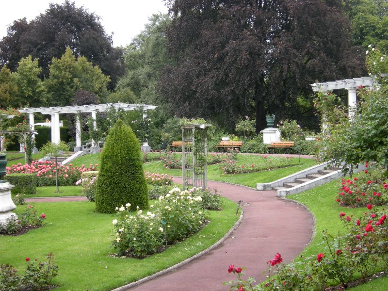 Clermont-JardinLecoq Roseraie 96