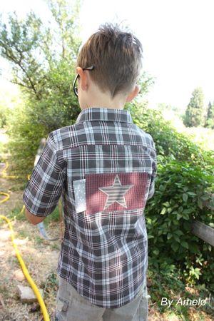 Eliot et la chemise à carreaux
