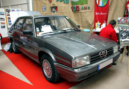 Alfa_Rom_o_90_de_1985__23_me_Salon_Champenois_du_v_hicule_de_collection__01