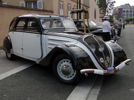 PEUGEOT_402_Limousine___1937__1_