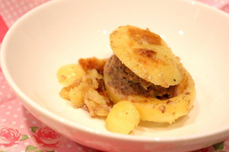 Pommes de terre farcies pour ceux qui aiment cuisiner - Cuisiner viande hachee ...