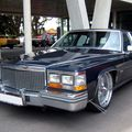Cadillac fleetwood brougham 01