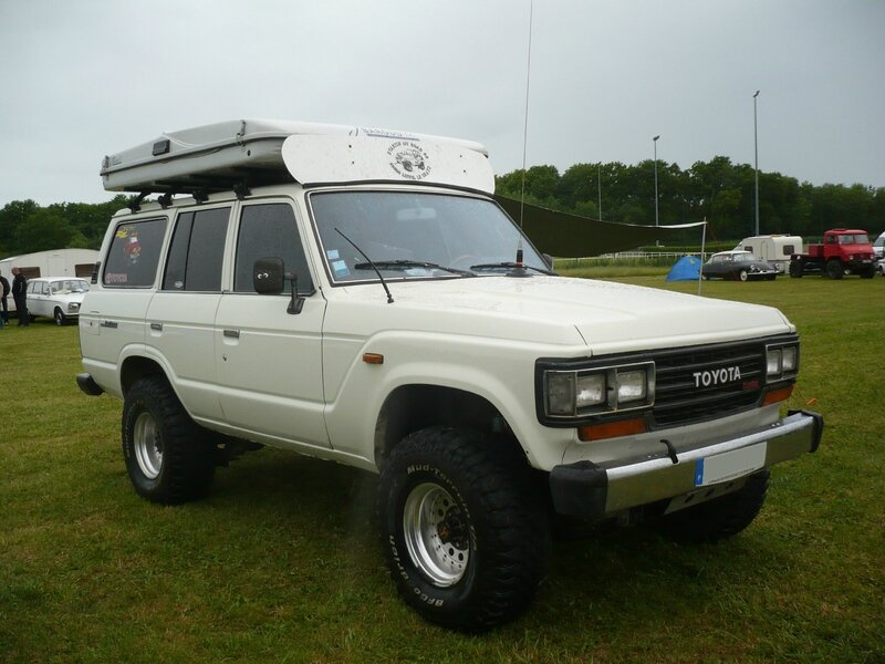 TOYOTA Land Cruiser Turbo Series 60 4door Station Wagon Madine (1)