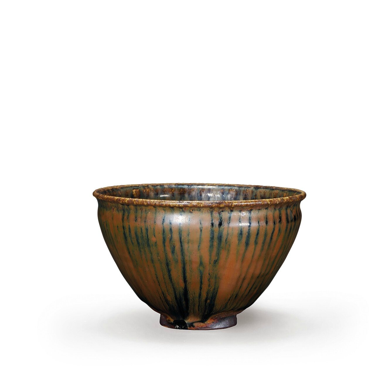 A very rare Northern kiln teabowl with bronze imitation glaze, Song Dynasty (AD960-1279)