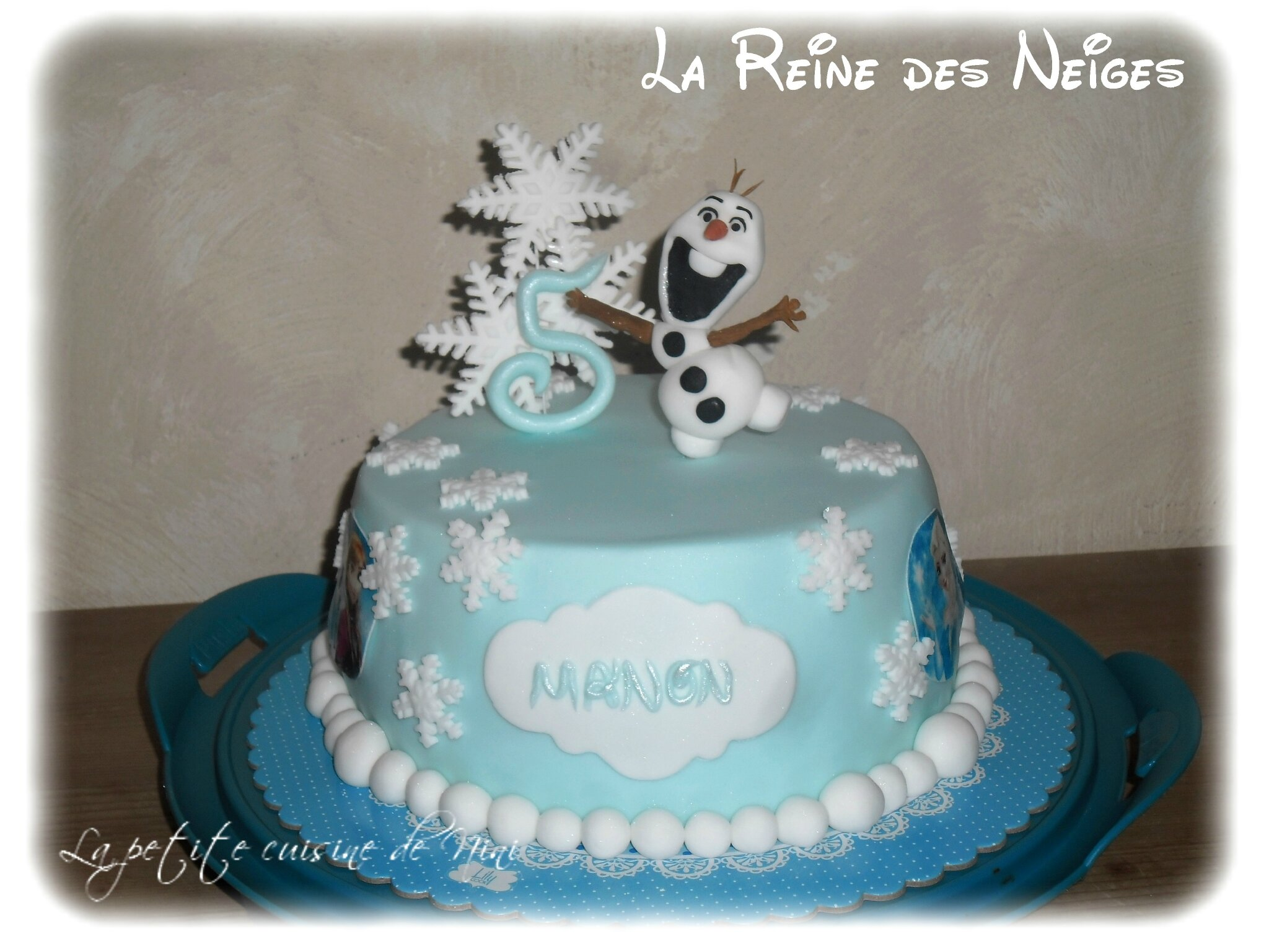 gateau anniversaire fille 5 ans reine des neiges arts. Black Bedroom Furniture Sets. Home Design Ideas