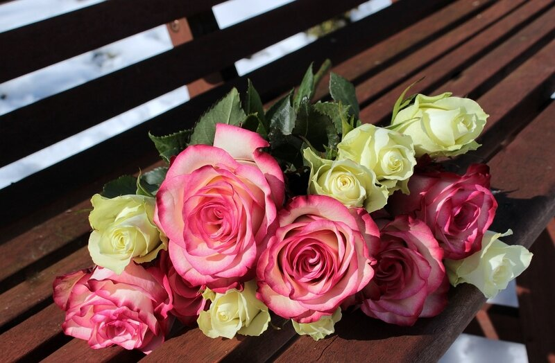 bouquet_of_roses_1246490_1280