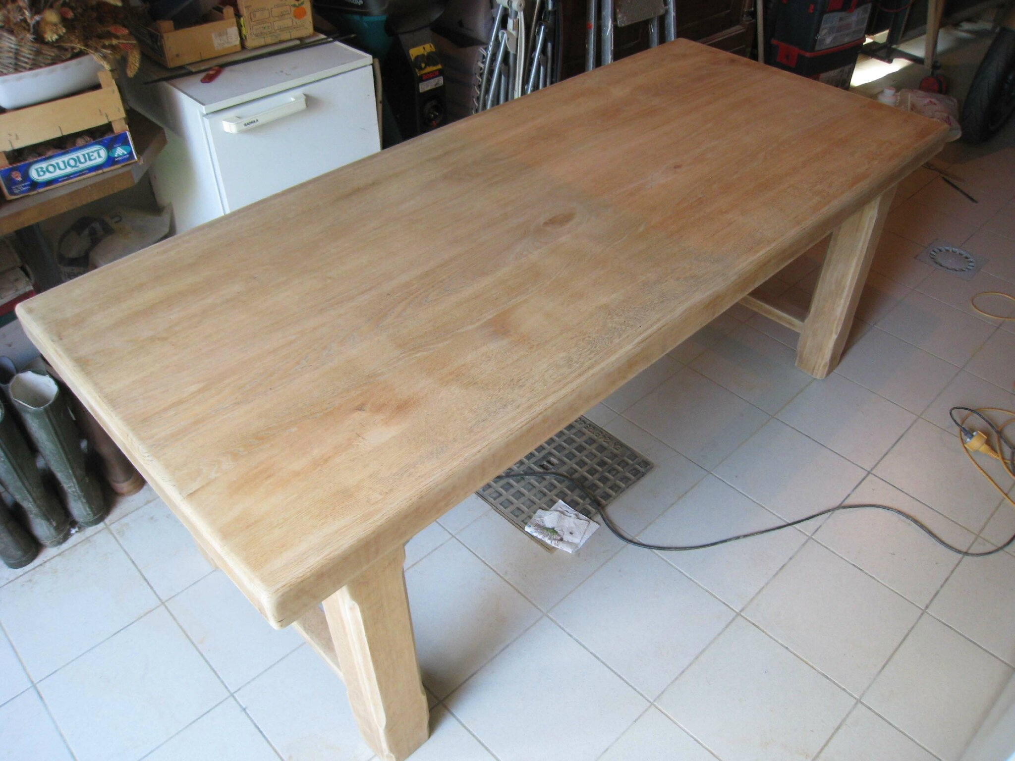 Fabriquer sa table basse originale - Comment patiner une table basse en bois ...