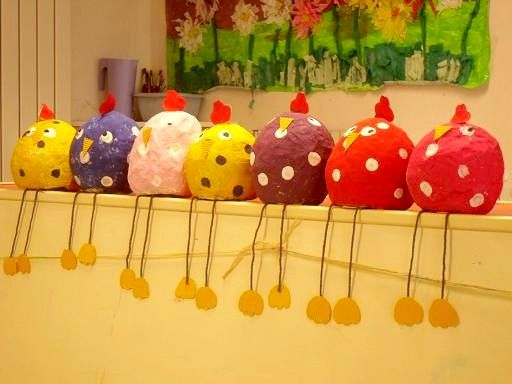 Paques lapins oeufs poules on pinterest - Activite manuelle decoration ...