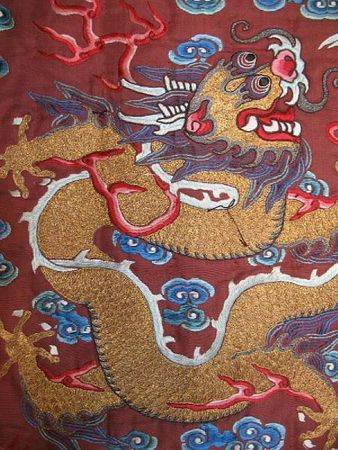 A_chestnut_silk_ground_embroidered_dragon_robea2