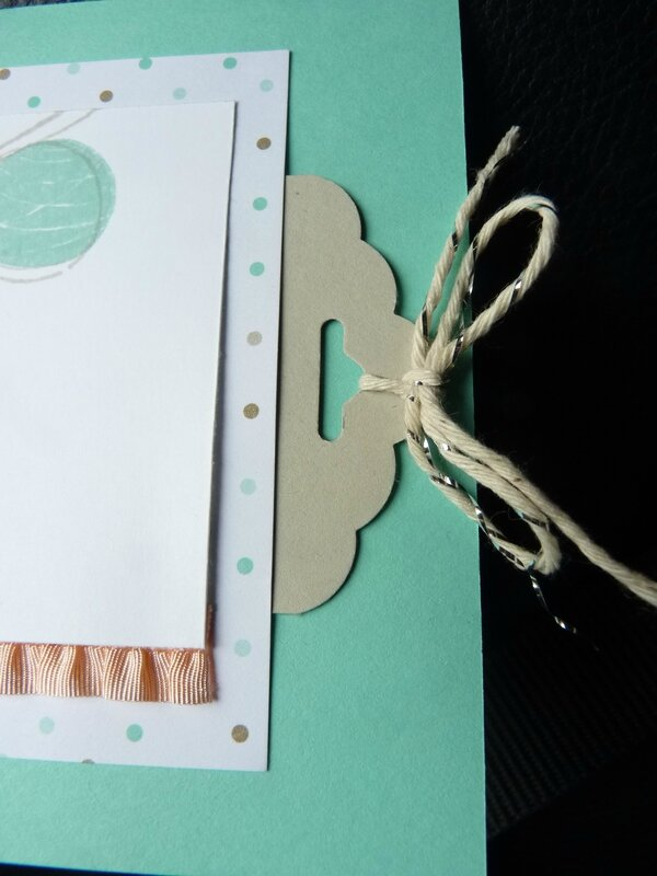 scalloped tag punch 005
