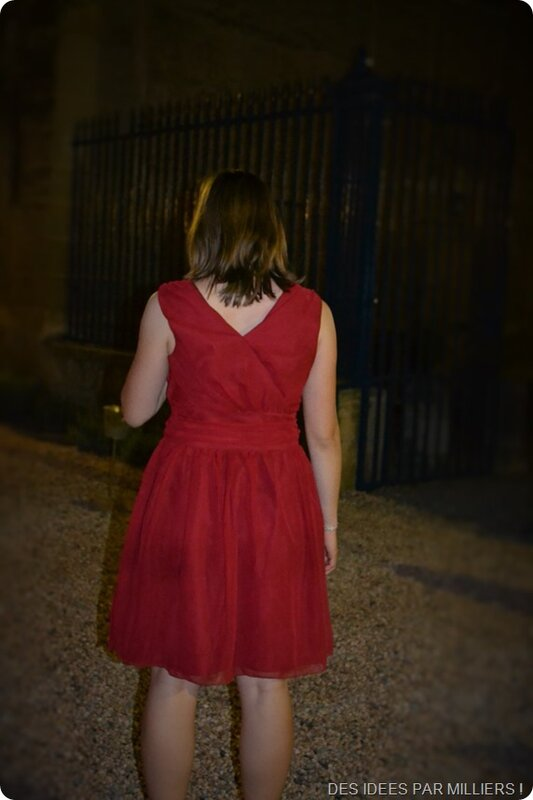 Robe rouge en mousseline (dos) (2)