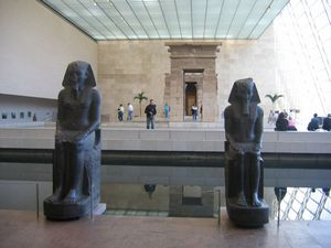 Temple_de_Dendur_Met_New_York
