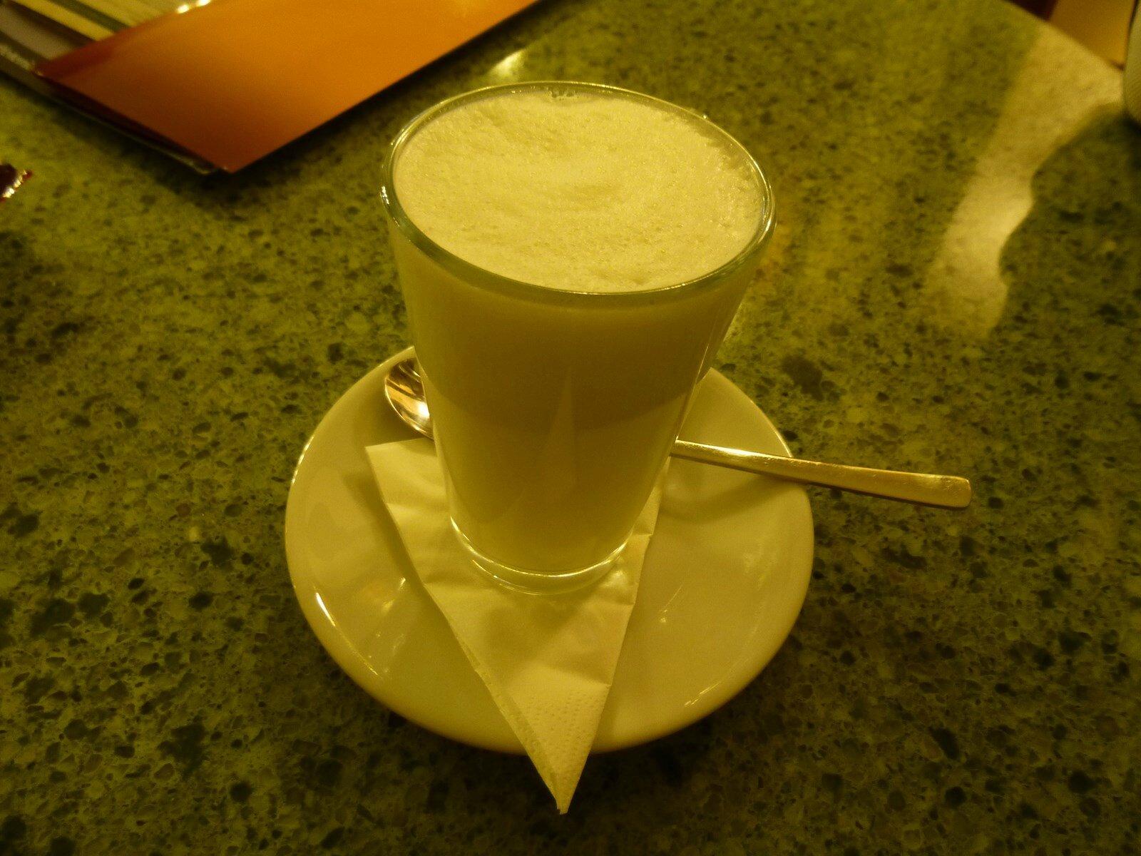 Petit lait chaud d'une soirée à Prague ...
