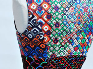 robe_a_colorier_detail