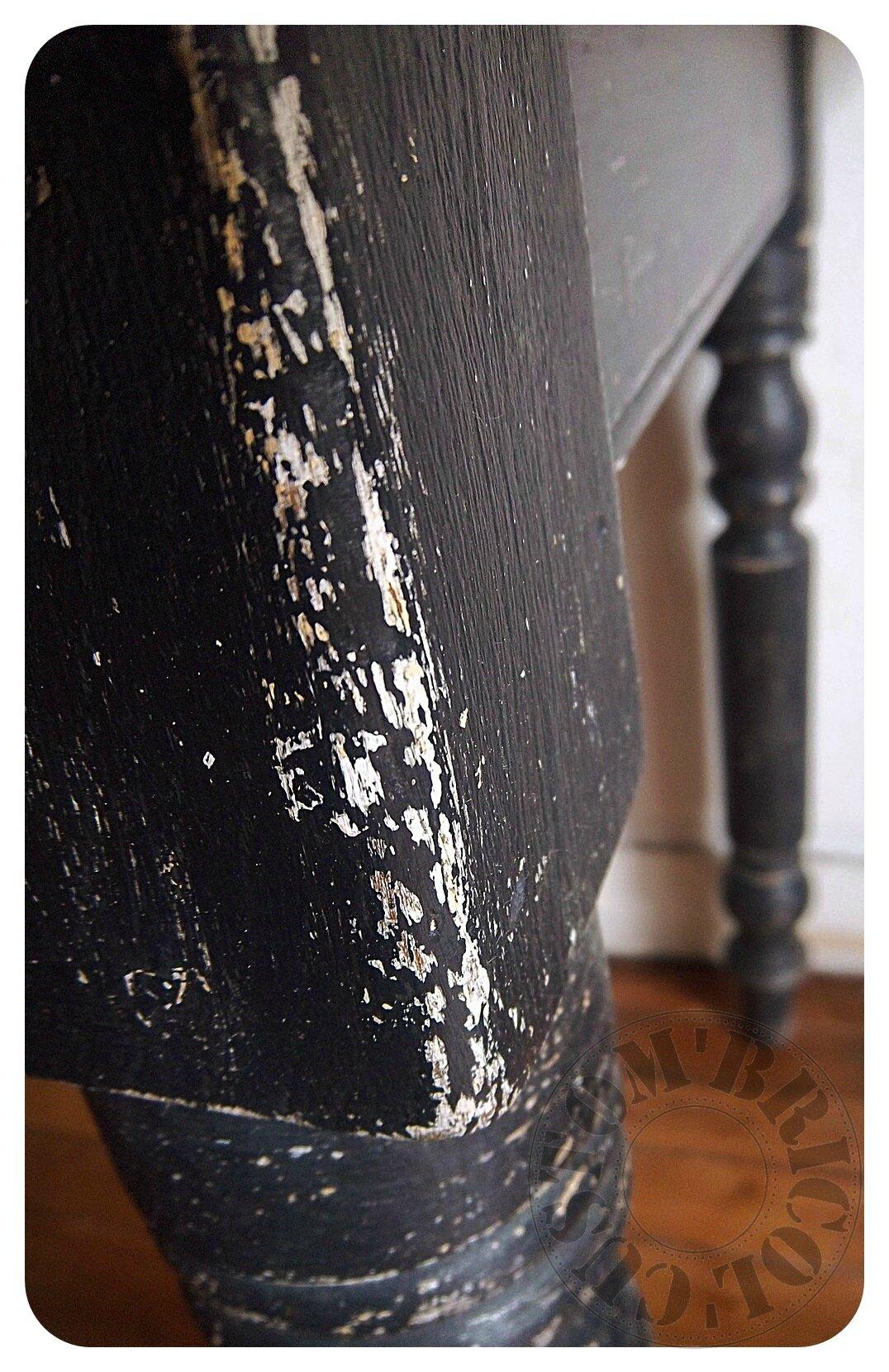 Table moulurée 40- vigentte pieds