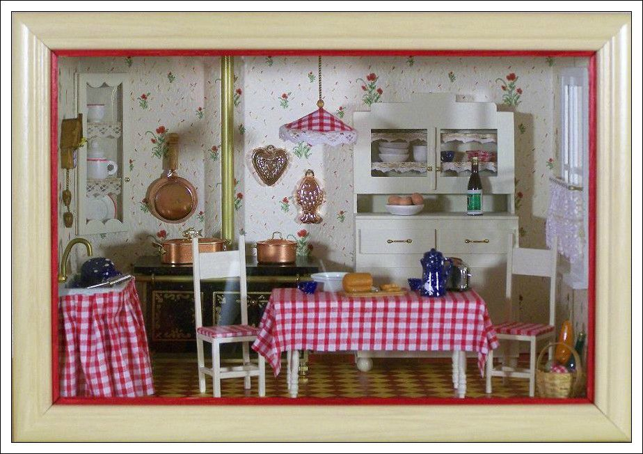 mini vitrine cuisine 1 photo de mini vitrines loisirs et cr as de marie et jo l. Black Bedroom Furniture Sets. Home Design Ideas
