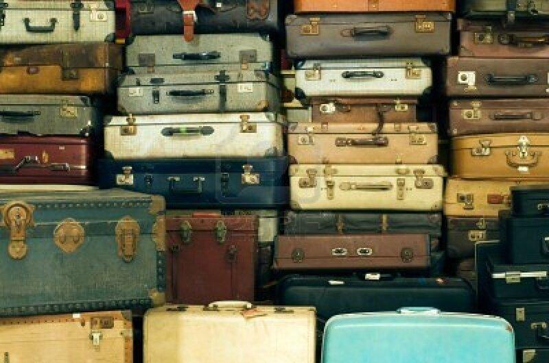 10436173-beaucoup-de-vieux-millesime-valises