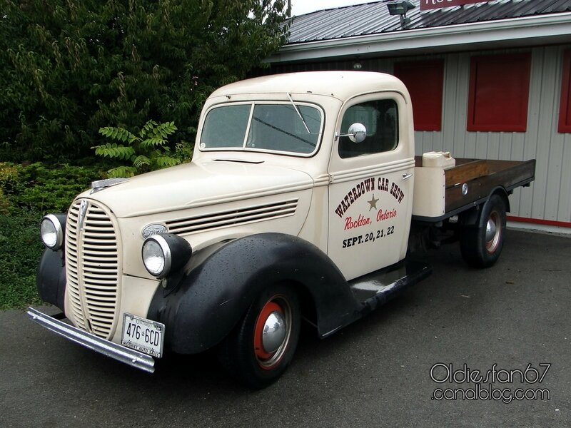 ford-model-81-flatbed-1938-01