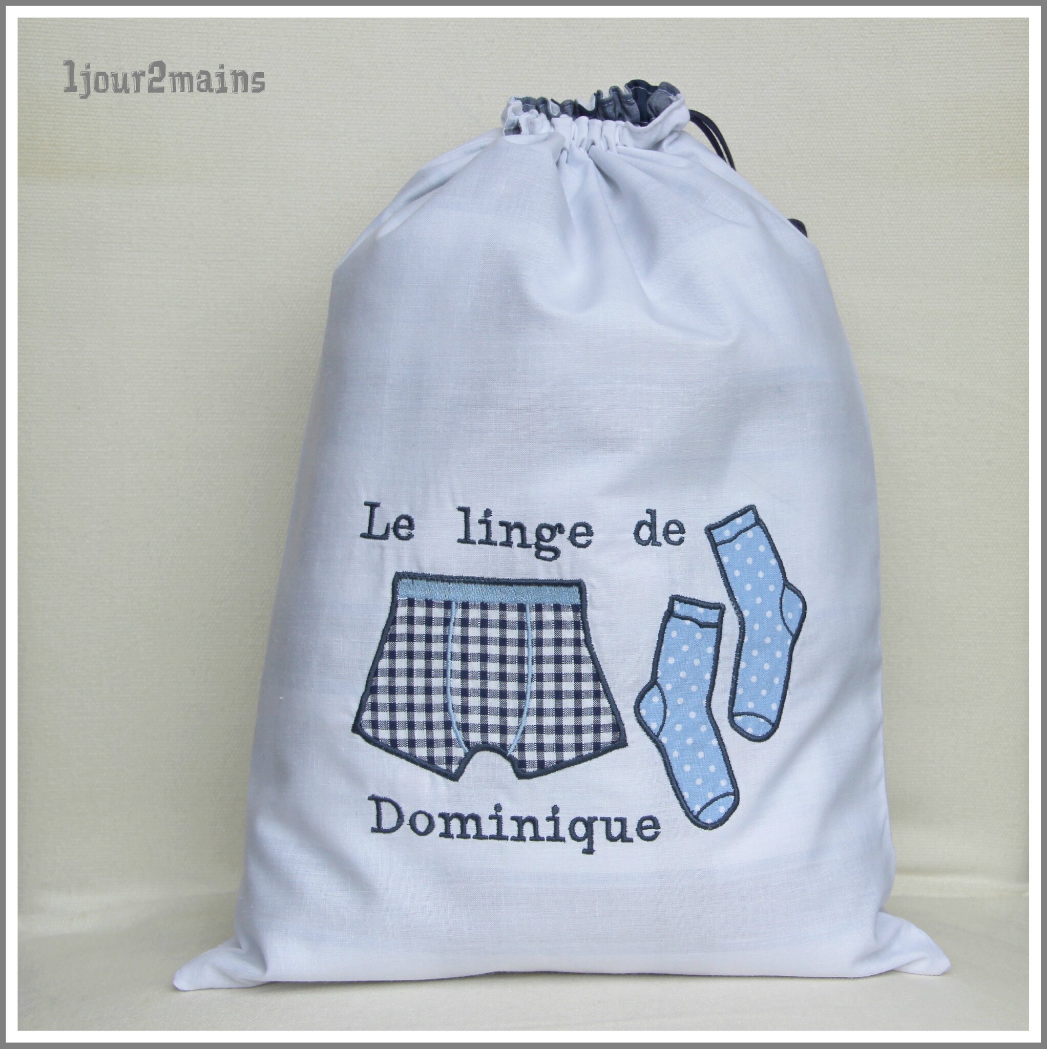 sac linge cale on chaussette dominique photo de sac. Black Bedroom Furniture Sets. Home Design Ideas