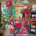 Composition moderne fleurs artificielles rouges