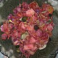 Salade pois chiche, pomme, raisins, persil plat.