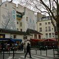 Pittoresque place Saint-André des Arts.