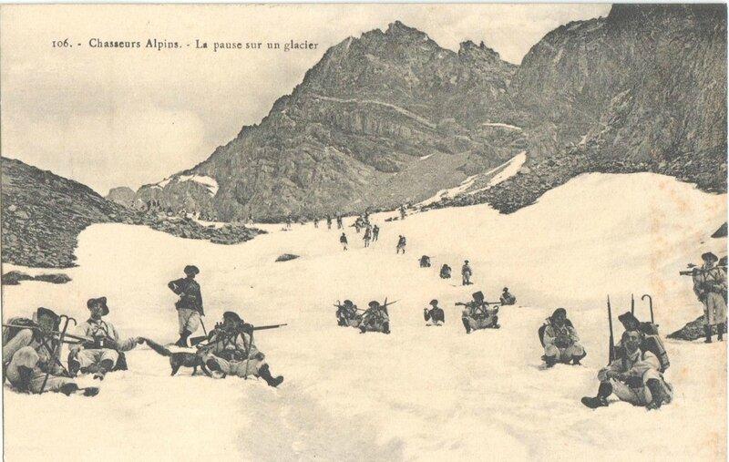 1380621664-Chasseurs-alpins-pause-sur-un-glacier