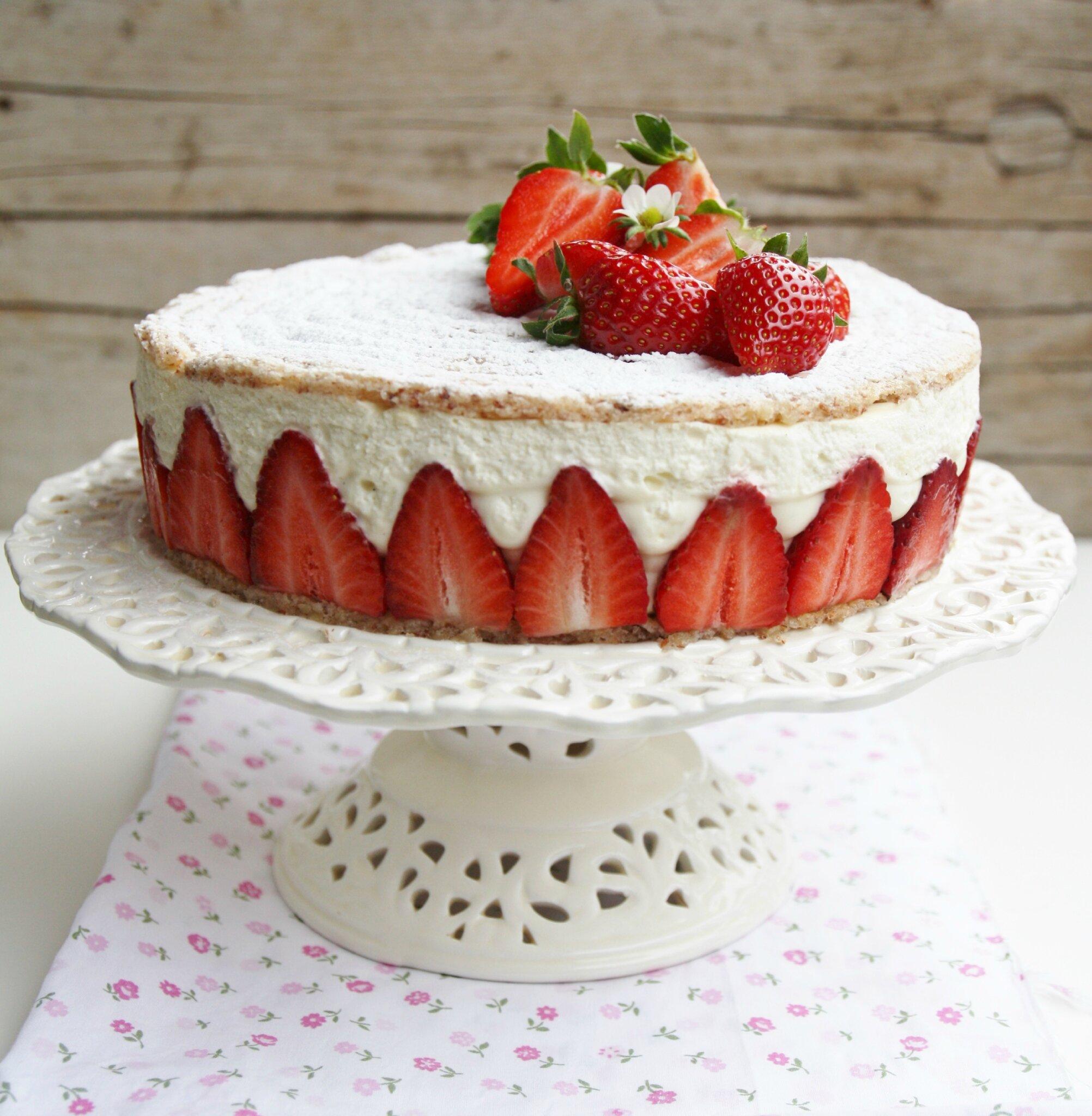 biscuit succ s aux amandes cr me vanille mascarpone et fraises that 39 s amore. Black Bedroom Furniture Sets. Home Design Ideas
