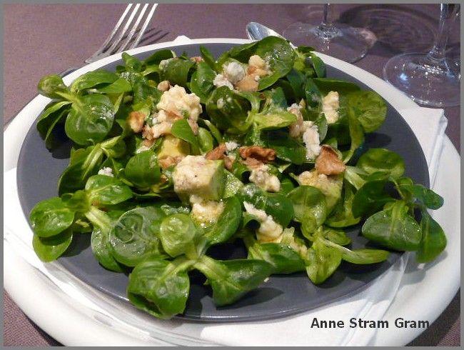 Salade de m che avocat et roquefort anne stram gram for Entree legere hiver