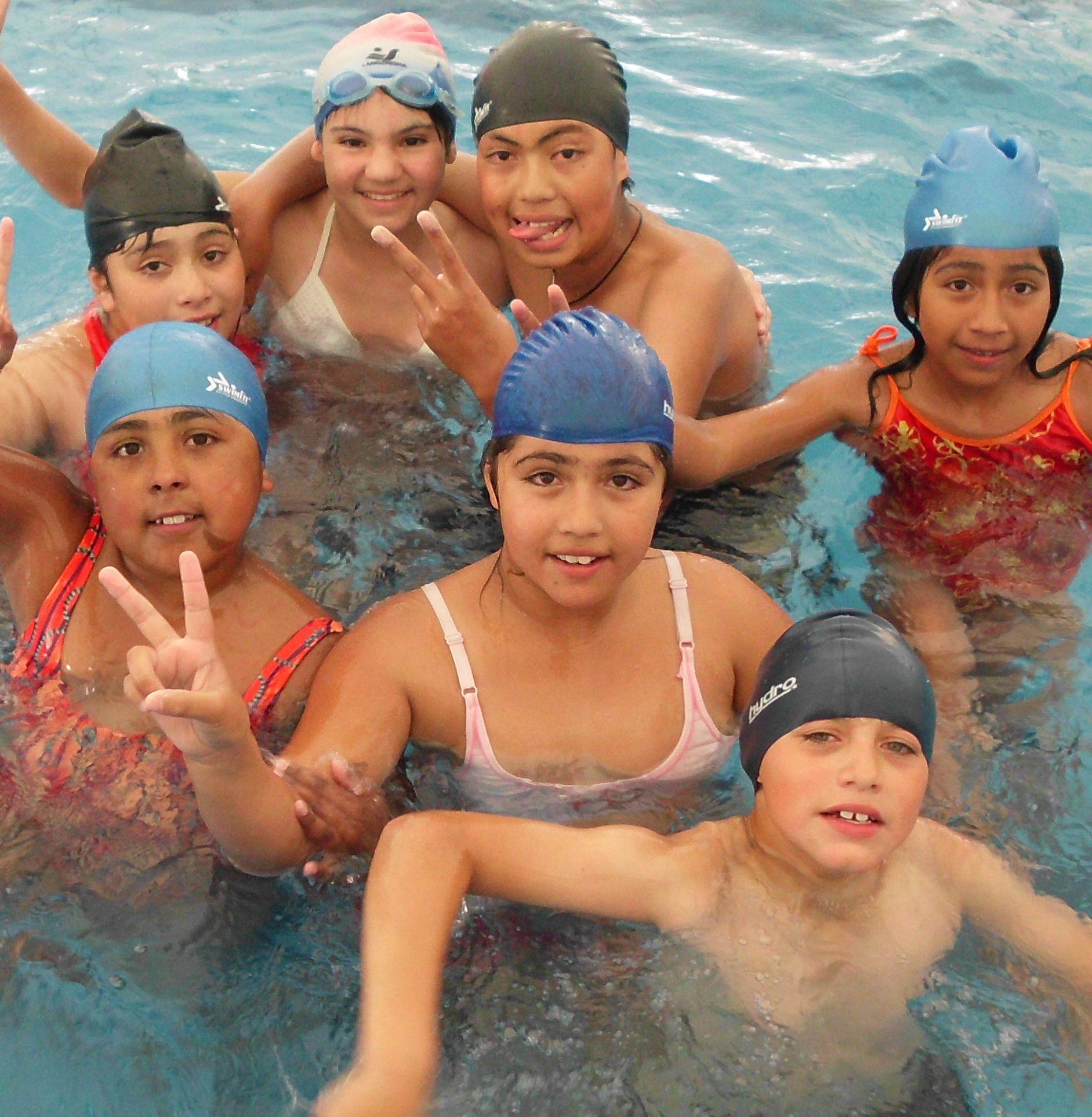 la piscina municipal los viernes