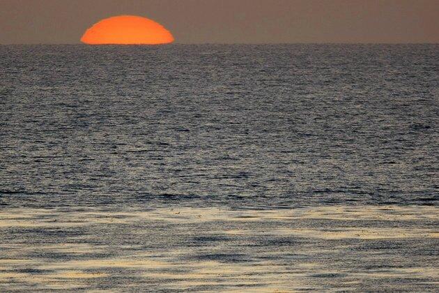 Un homme a été retrouvé aux abords d'une petite île du Pacifique et affirme avoir dérivé pendant 16 mois...