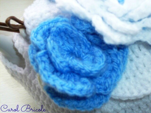 Tea cosy blue flowers 11