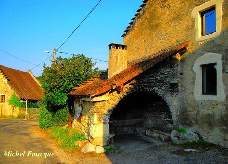 107) village d'Izieu four à pain